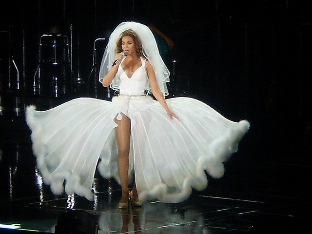 Beyonce Ring Off