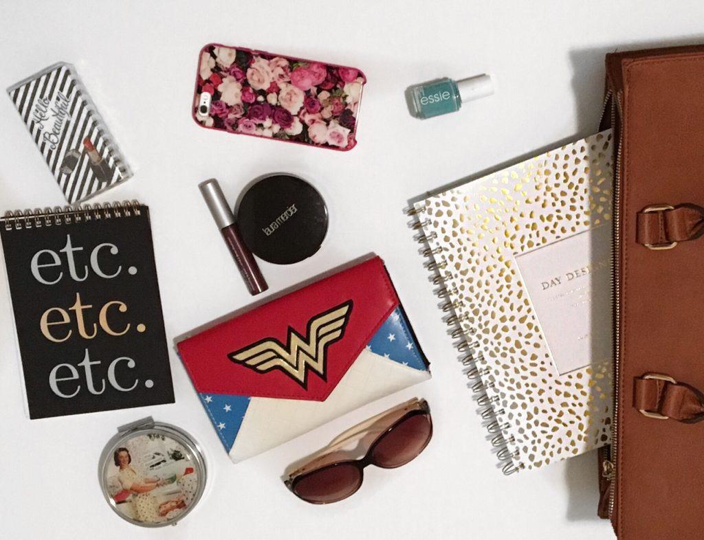 lady blogger bag